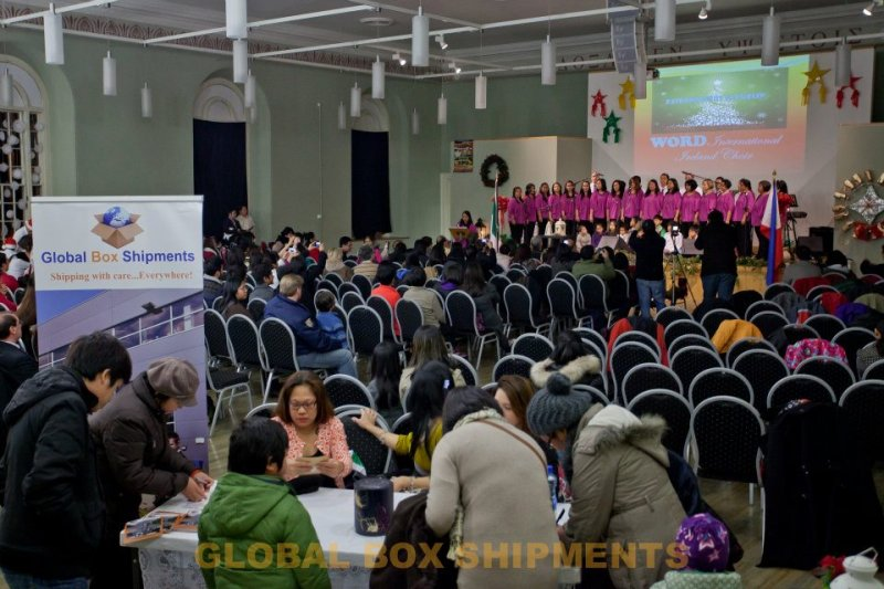 Global Box Shipments at Paskong Pinoy in Dublin 2011